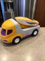 little tikes trailer & speedboat in St. Charles, Illinois