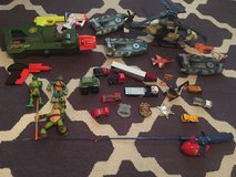 Lots of kids toys one gun alone was $25 all for $20!! in DeRidder, Louisiana