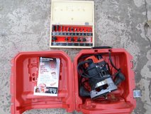 Milwaukee Router and Bits in Oswego, Illinois