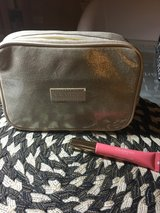 Clarins bag and lift perfector natural lip in Plainfield, Illinois