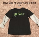 Boys Size 4t Under Armour Shirt in Chicago, Illinois