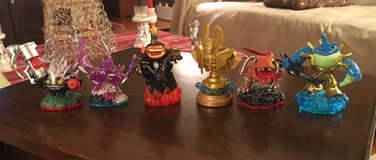 6 Skylanders Figures in Plainfield, Illinois