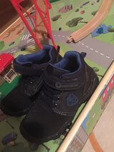 Kids boots size 10/10.5 german size 28 in Baumholder, GE