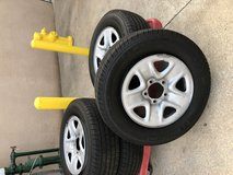 Wheels and tires in Camp Pendleton, California