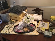 Yellow and Gray Decor in Fort Campbell, Kentucky