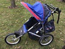 Schwinn jogging stroller in Aurora, Illinois