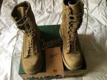 New Danner boots 10D in 29 Palms, California