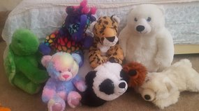 Stuffed animals in Barstow, California