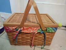 Picnic Basket Lined in Jacksonville, Florida