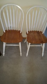 white wooden chairs in Bolingbrook, Illinois