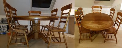 Dining Room Table with 5 chairs in Stuttgart, GE
