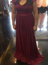 burgundy dress formal v back xs in Camp Pendleton, California
