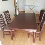 Kitchen table, with chairs in Edwards AFB, California