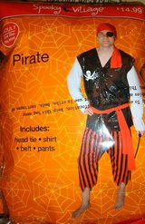 3 Adult Pirate Costume in Houston, Texas