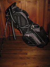Golf Bag New Maxfli 4.0 Flo Stand Bag in Fort Campbell, Kentucky