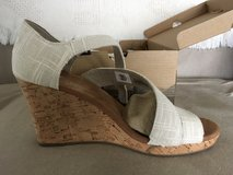 Toms Clarissa Wedge Sandal women's 8 New in box in Camp Lejeune, North Carolina