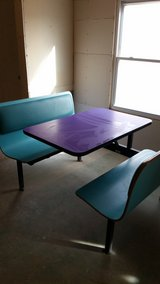 RESTAURANT STYLE DINING BOOTH in Alamogordo, New Mexico
