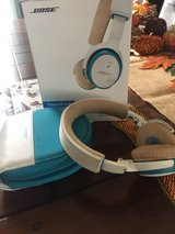 Bose Bluetooth Headphones in The Woodlands, Texas