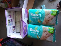 Unopened Bundle 88 Pampers 60 Parents Size 1 in 29 Palms, California