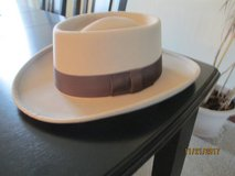 Wool Felt Western Gambler Hat in Bartlett, Illinois