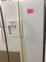 GE SELECT SIDE BY SIDE REFRIGERATOR in Wilmington, North Carolina