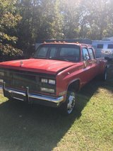 1990-Chevy 4-door dually 3+3 in Leesville, Louisiana