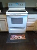 Electric Range/Stove - Whirlpool in Beaufort, South Carolina