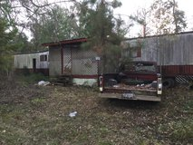 14x70 mobile home in Conroe, Texas