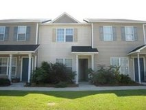 2 Bedroom, 2.5 Bath Townhome in Jacksonville in Camp Lejeune, North Carolina