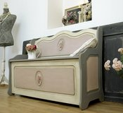 Lovely Shabby Chic Bench Storage Bench Beautiful Vintage Piece! in Ramstein, Germany