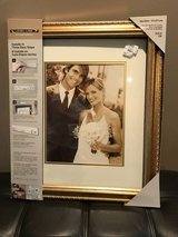 New Gold 16x20 Picture Photo frame in Perry, Georgia
