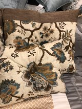 Decorative 4 Pillows Set in Fort Bragg, North Carolina