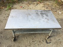 2 Stainless Steel Tables in Camp Lejeune, North Carolina