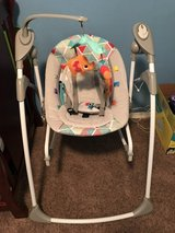 Bright Start 2-in-1 Swing/Bouncer Combo in Fort Lewis, Washington