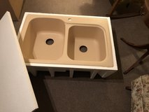 NIB Swanstone solid surface sink in Schaumburg, Illinois