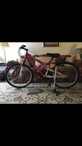 "Huffy 24"" women's bike in Elgin, Illinois"