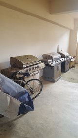 Free Working Gas Grills ( NEED A LITTLE TLC) Must Pick Up! in Okinawa, Japan