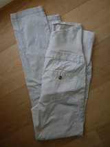 H&M maternity pants chino 8 in Ramstein, Germany