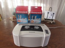 Honeywell air cleaner with 2 extra  filters in Alamogordo, New Mexico