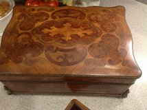 Vintage decorative Wooden chest in Naperville, Illinois