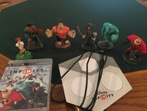 PS3 Disney Infinity Game with 6 Figures in Ramstein, Germany