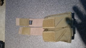 Tactical Taylor double mag pouch in Camp Lejeune, North Carolina