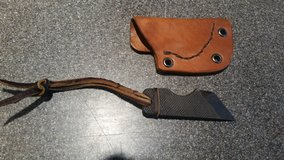 Small handmade neck knife with leather sheath in Camp Lejeune, North Carolina