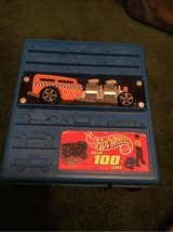 Hot Wheels Car carry case with cars in Wheaton, Illinois