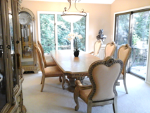 Beautiful Dining Room Set in Orland Park, Illinois