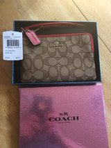 Coach Brown NWT Wristlet in Fort Bliss, Texas