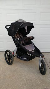 Graco Fast Action Fold Relay Jogger Click Connect in Leesville, Louisiana