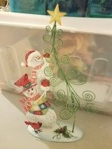 Holiday card holder in Morris, Illinois