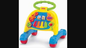 Fisher Price Walker with Music, in excellent condition in Stuttgart, GE