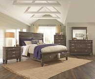 QUEEN BEDROOM SET in Cherry Point, North Carolina